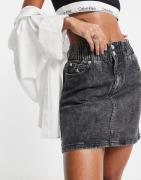 Calvin Klein Jeans - Grå højtaljet mininederdel
